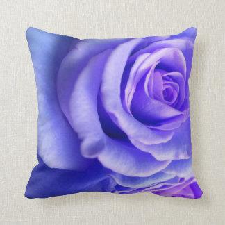 🌸 Purple rose petal pillow