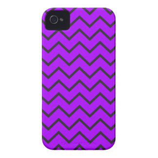Purple Zigzag iPhone 4/4S Case