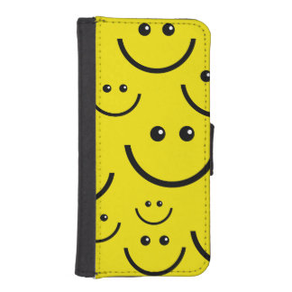 Put On A Smiley Face iPhone SE/5/5s Wallet Case