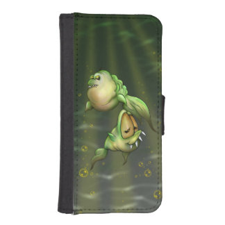 PYROS FISH ALIENS iPhone 5/5s Wallet Case