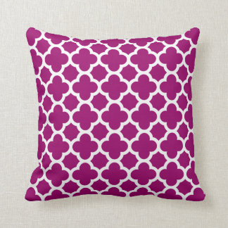 Quatrefoil Pattern Magenta White Throw Pillow