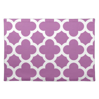 quatrefoil pattern radiant purple orchid placemat