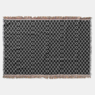 Quatrefoil Pattern Throw Blanket