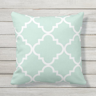 Quatrefoil Pillow - Blue