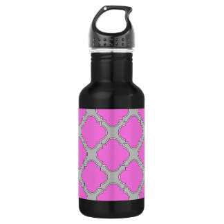 Quatrefoil pink and gray 532 ml water bottle