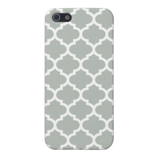 Quatrefoil Silver Gray iPhone 5 Cases