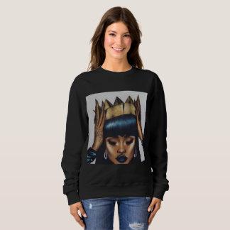 Queen Fitted Sweatshirt