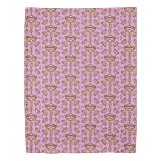 Queen Hearts Gold Crown Tiara pattern pink lilac Duvet Cover
