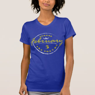 Queens Are Born On February 5 (Washed & Worn) T-Shirt