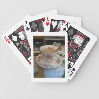 Quiet late tea-cup deck of card
