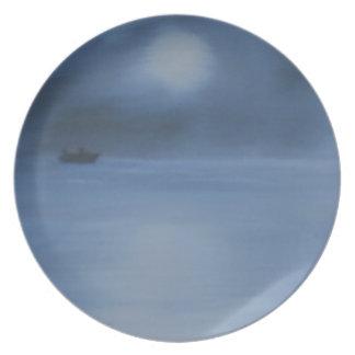 quiet ocean night alone plate