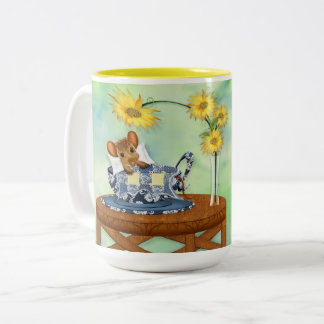 Quilter's MUG - MOUSE IN TEACUP w/quilt