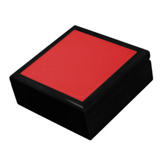 R05 Radiantly Confident Red Color Keepsake Box