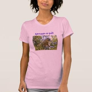 Raccoon-a-pult - T-shirt