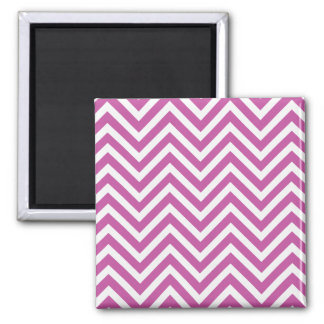 Radiant Orchid Chevron Pattern Purple White Modern Square Magnet