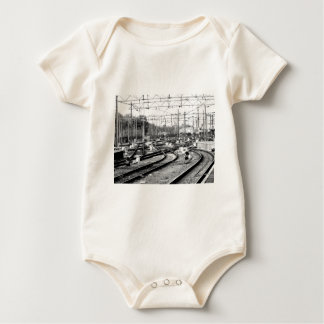 Rails way baby bodysuit