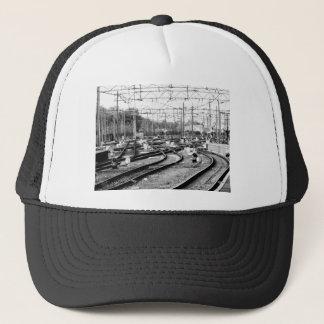 Rails way trucker hat