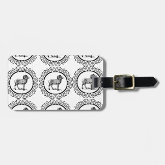 ram in a round luggage tag