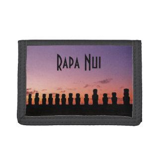 Rapa Nui Easter Island Stone Heads Chile Trifold Wallet