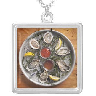 Raw oysters arranged silver plated necklace
