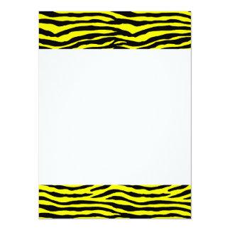 Rayures jaunes et noires de tigre carton d'invitation  13,97 cm x 19,05 cm