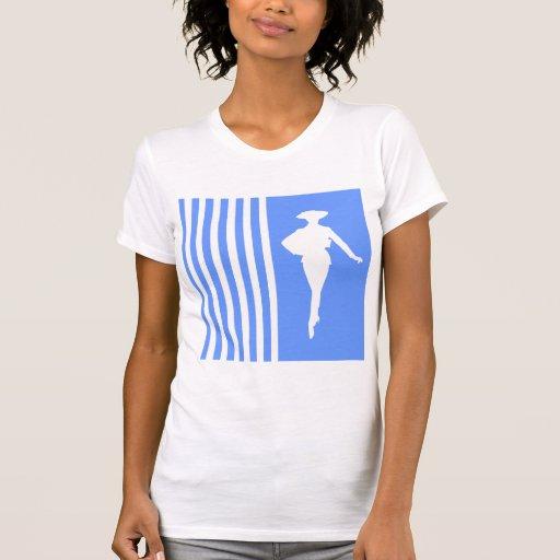Rayures modernes bleues avec la silhouette de mode t-shirts