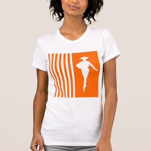 Rayures modernes de mandarine avec la silhouette d t-shirt