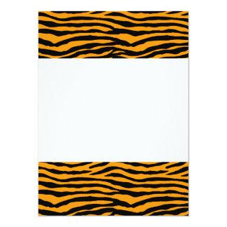 Rayures oranges et noires de tigre carton d'invitation  13,97 cm x 19,05 cm