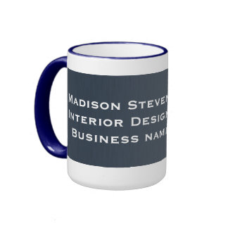 Rayures professionnelles dans des tasses bleues