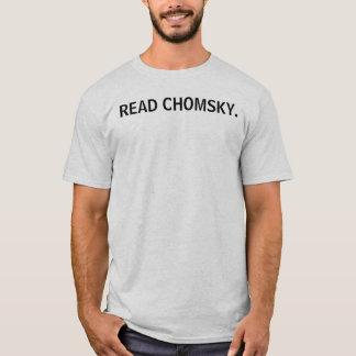 READ CHOMSKY. T-Shirt