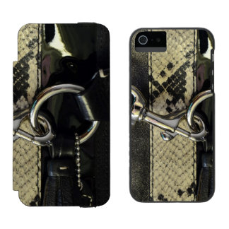 Realistic Leather Snakeskin Look with Clasp Incipio Watson™ iPhone 5 Wallet Case