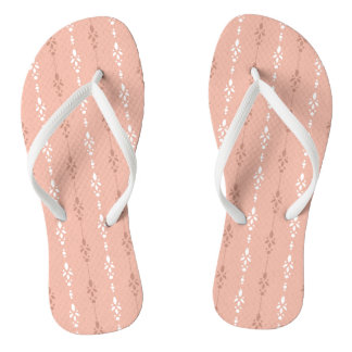 Really pretty salmon pink flip flops