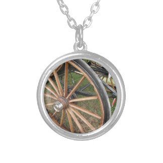 Rear wheels of old-fashioned horse carriage silver plated necklace