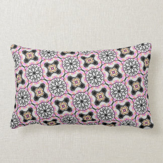 Rectangular cushion déco of pink, white and black