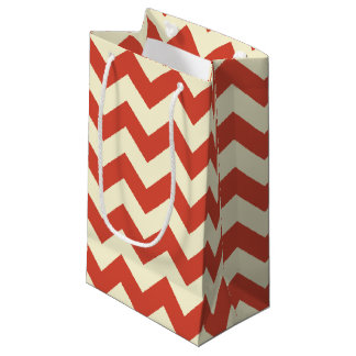 Red and Cream Chevron Zigzag Pattern Gift Bag