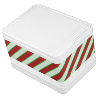 Red and Green Pinstriped Pattern