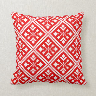 Red and White Christmas Snowflakes Pattern Throw Pillow
