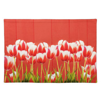 Red and white tulips placemat