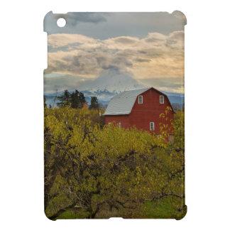 Red Barn at Pear Orchard Oregon iPad Mini Case