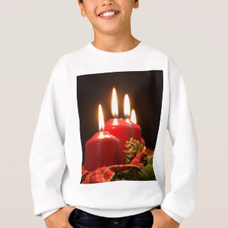 Red candles of an Advent wreath with fir branches Sweatshirt