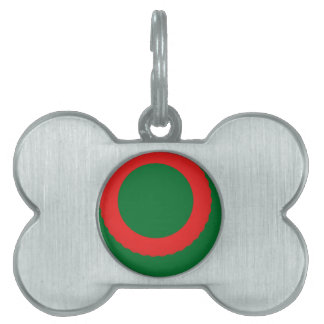 red circle green background pet tag