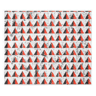 Red Distressed Triangle Pattern Duvet Cover