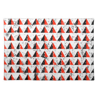 Red Distressed Triangle Pattern Placemat
