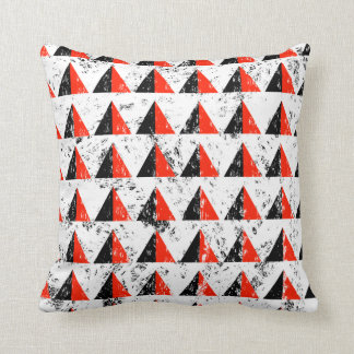 Red Distressed Triangle Pattern Throw Pillow