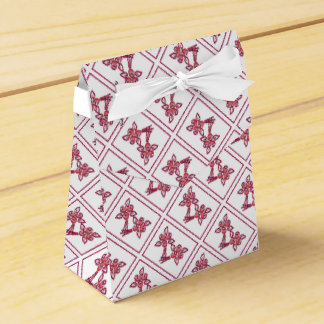 Red Floral Pattern Favor Box