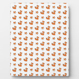 red foxes pattern plaque