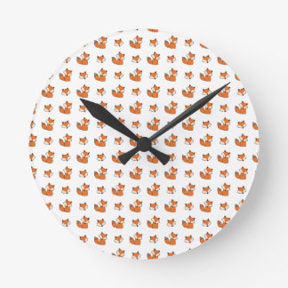 red foxes pattern round clock