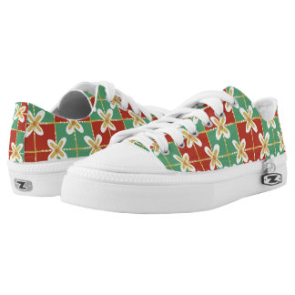 Red green golden Indonesian floral batik pattern Low-Top Sneakers