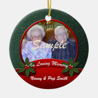 Red Green Holly In Loving Memory Christmas Round Ceramic Ornament