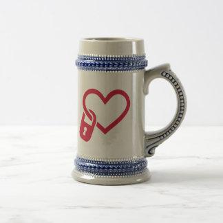 Red heart lock mug